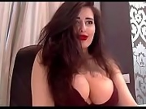 Beautiful woman with big tits teases porn webcam room