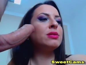 Sexy Brunette Babe Licks and Slurps Cock