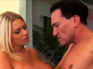 Lucky guy gets to fuck a stunning blonde