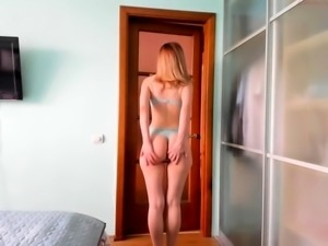 Zoey Redhead Amateur Solo Teen